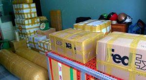 Tự mình đóng gói hàng hóa để tiết kiệm chi phí